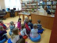 Przedszkolaki w bibliotece - kamisihibai czytamy dzieciom